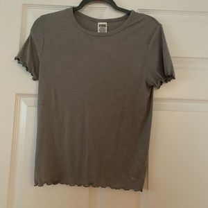 ❄️ NWT gray short sleeve top